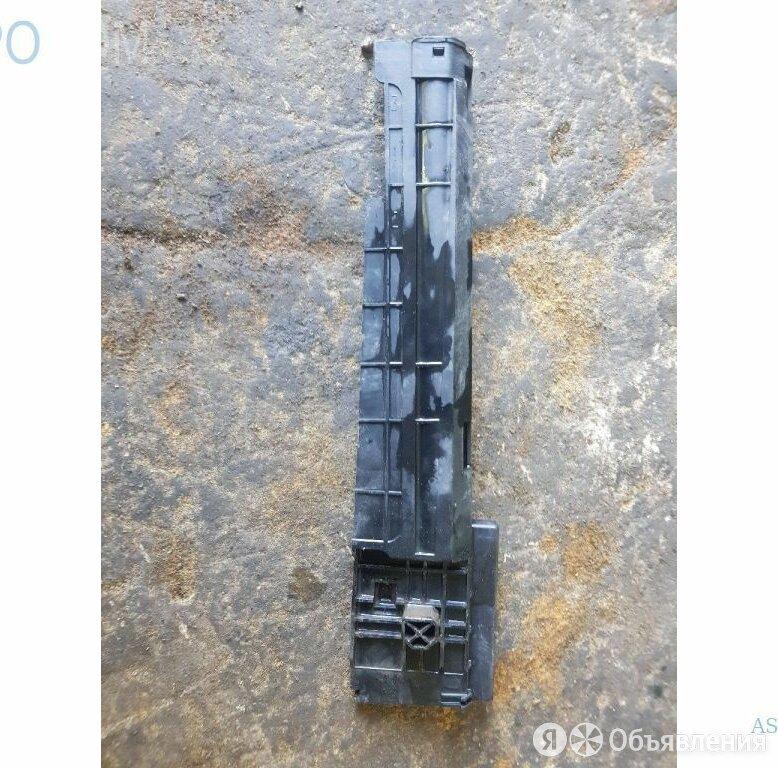 Крепление / кронштейн радиатора правое на BMW F33 по цене 1500₽ - Двигатель и топливная система , фото 0
