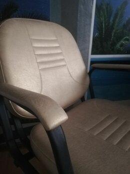 Мебель для салонов красоты - Парикмахерские кресла, стул мастера, тележки, 0