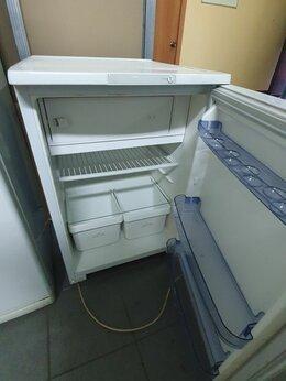 Холодильники - Б у бирюса 8с высотой 85 см , 0
