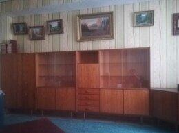 Шкафы, стенки, гарнитуры - Мебель - бельевой шкаф, книжный шкаф, сервант,…, 0