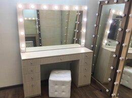 Комоды - Туалетный столик с зеркалом и лампочками цвет…, 0
