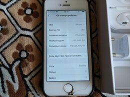 Мобильные телефоны - Айфон SE, 0