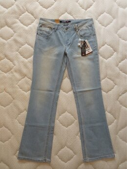 Джинсы - 46-48 размер Новые голубые Lee Cooper клёш, 0