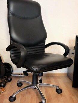 Компьютерные кресла - Кресло офисное компьютерное для руководителя Нова, 0