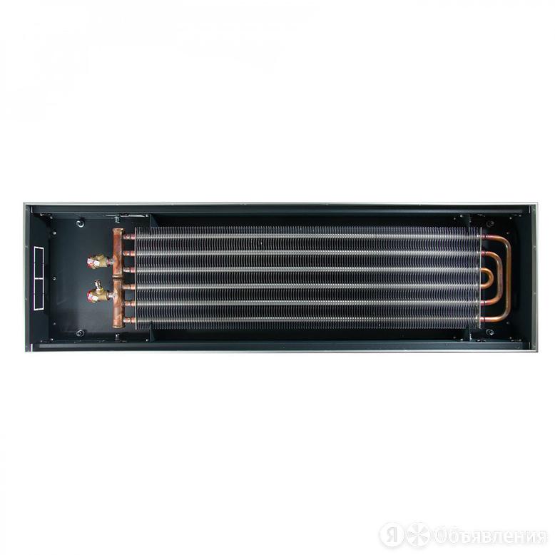 Водяной конвектор Techno Power KVZ 300-105-1400 по цене 14027₽ - Встраиваемые конвекторы и решетки, фото 0