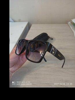 Очки и аксессуары - Солнечные очки Версаче + Футляр, 0
