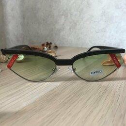 Очки и аксессуары - Солнцезащитные очки Fendi x Gentle Monster, 0