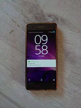 Мобильные телефоны - Телефон Sony Xperia XA F3111 б/у, 0