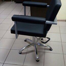 Принадлежности для парикмахерских - Кресло парикмахерское, 0