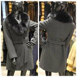 Пальто - новое зимнее пальто шерсть с мехом лисы 44, 0