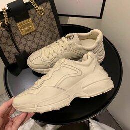 Обувь для спорта - Красовки. Gucci, 0