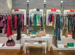 Торговля - Магазин женской одежды с внушительным товарным…, 0