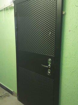 Входные двери - Дверь БЛЭК.CISA. Венге с Зеркалом! MAXI., 0