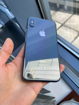 Мобильные телефоны - iPhone X 256 GB, 0