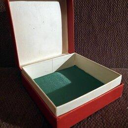 Подставки и держатели - Коробка для ювелирных украшений или для бижутерии. СССР, 0