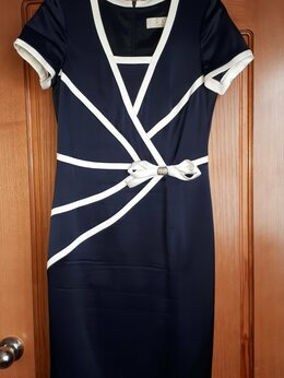 Платья - Женское платье в отличном состоянии размер 44-…, 0
