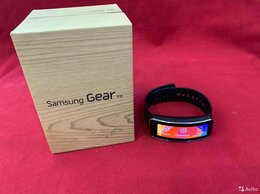 Умные часы и браслеты - Смарт-браслет Samsung Gear Fit SM-R350 как новые, 0