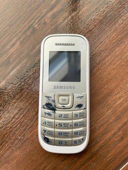 Мобильные телефоны - Мобильный телефон Samsung GT-E1200I, 0