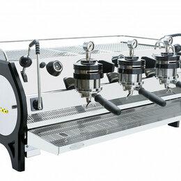 Кофеварки и кофемашины - Профессиональная кофемашина La Marzocco Strada MP 3GR, 0