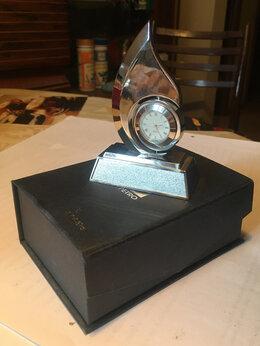 Часы настольные и каминные - Часы настольные сувенирные (Вьетнам), 0
