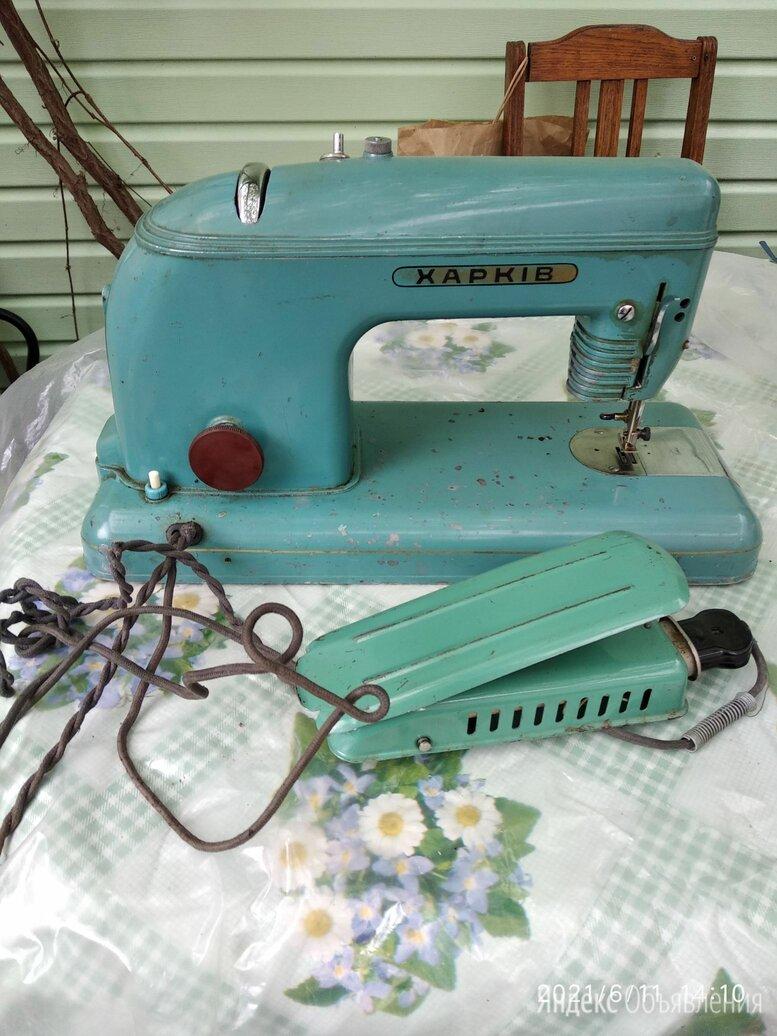 """Электрическая швейная машинка """"Харькiв""""  по цене 700₽ - Швейные машины, фото 0"""