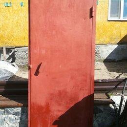 Входные двери - Дверь металлическая высота 2м,20см,ширина 85см.Цена 5.000,возможен торг, 0