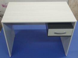 Компьютерные и письменные столы - Компьютерный/письменный стол, 0