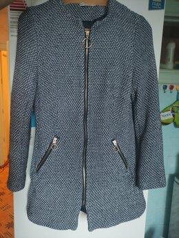 Пальто - Пальто женское размер 44 б/у, 0