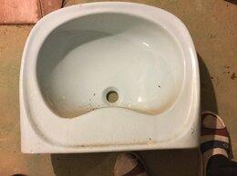 Раковины, пьедесталы - Фаянсовая раковина для ванной,бачок для унитаза, 0