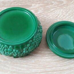 Подставки и держатели - Маленькая шкатулочка для повседневных украшений, Чехия, гутное стекло., 0