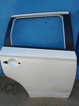 Кузовные запчасти - Дверь задняя правая Mitsubishi Outlander 3, 0