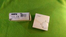 Комплектующие для радиаторов и теплых полов - Комнатный термостат oventrop 1152051 , 0
