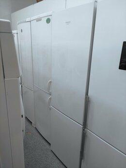 Холодильники - новый с гарантией Hotpoint-Ariston HF 4200 W…, 0