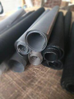 Сетки и решетки - Остатки полотен сеток разного цвета и размеров , 0