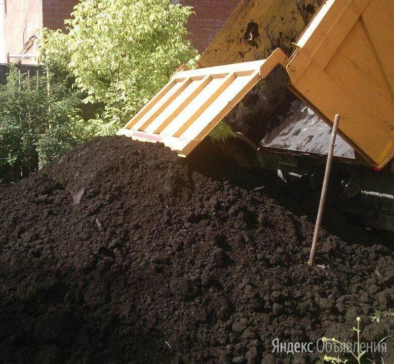 Чернозем по цене 750₽ - Субстраты, грунты, мульча, фото 0