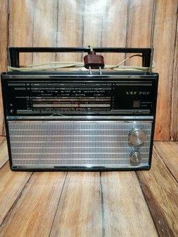 Радиоприемники - Радиоприемник VEF-202, СССР. , 0