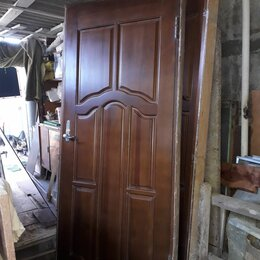 Межкомнатные двери - Двери межкомнатные массив с коробкой б/у в отличном состоянии , 0