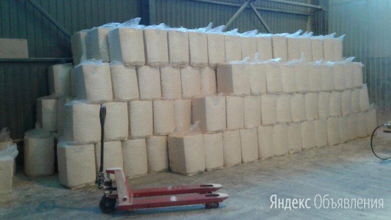 Стружка древесная прессованная брикет 22 кг 600х400х470 сухая 6-8 % по цене 200₽ - Сено и наполнители, фото 0