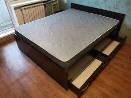 Кровати - Кровать двуспальная с ящиками и матрасом, 0