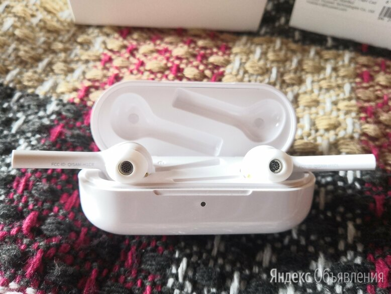 Наушники Huawei FreeBuds bluetooth оригинал по цене 3000₽ - Наушники и Bluetooth-гарнитуры, фото 0