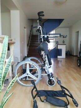 Оборудование и мебель для медучреждений - Кресло-коляска инвалидная с вертикализатором…, 0
