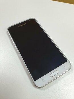 Мобильные телефоны - Samsung Galaxy J3, 0