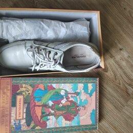 Кроссовки и кеды - Женская обувь. Полуботинки. Кроссовки., 0
