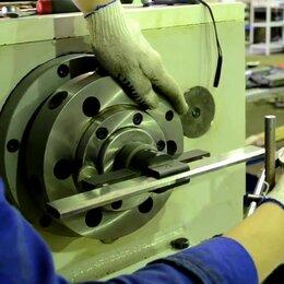 Слесари - Слесарь ремонтник металлообрабатывающего оборудования, 0