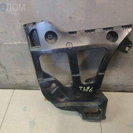 Кузовные запчасти - Крепление / кронштейн бампера заднее правое на BMW E70 LCI, 0