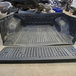 Кузовные запчасти - Вкладыш в кузов Volkswagen Amarok, 0