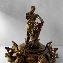 Статуэтки и фигурки - Скульптура из фарфора «Самсон раздирающий пасть льву», 0