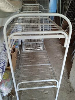 Кровати - Двухъярусная металлическая кровать, 0