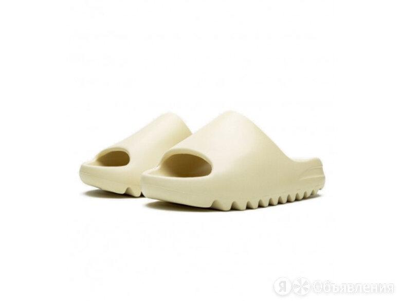 Тапочки Yeezy Slide Bone по цене 4000₽ - Шлепанцы, фото 0