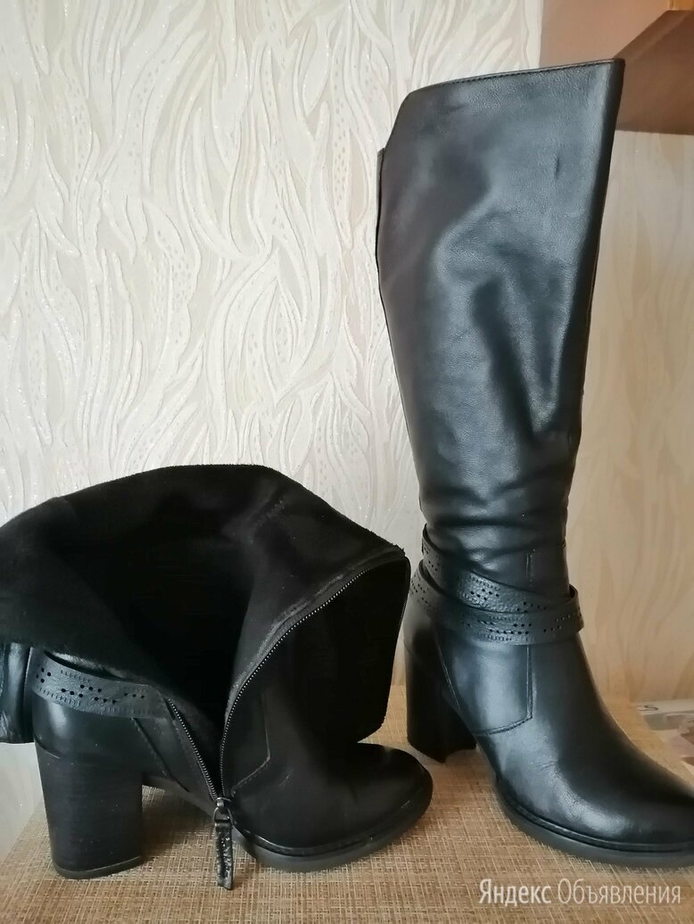Сапоги демисизонные, 36 размер, натуральная кожа, высота каблука 7 см  по цене 700₽ - Сапоги, фото 0